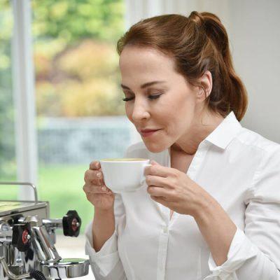 Caffè: più antiossidanti se è caldo