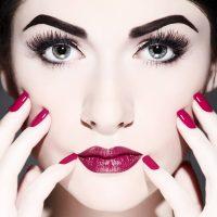 Top tips for applying false eyelashes