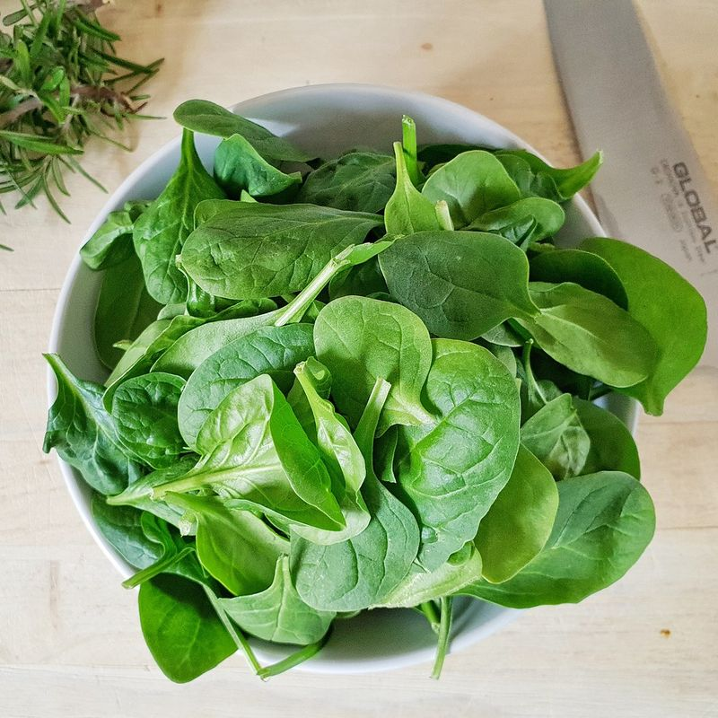 Spinach can be one of the ingredients of your smoothie
